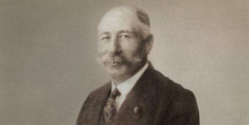 1923: Gründung durch Josef Keller